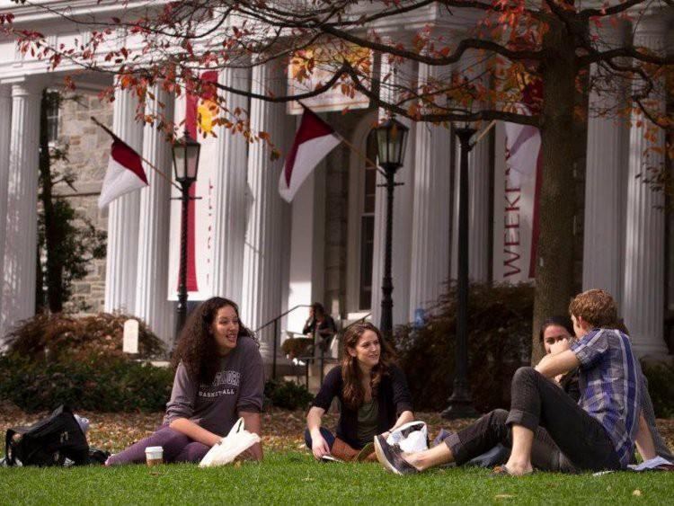 #TôiDuHọcMỹ: Muốn apply học bổng tiền tỷ của Đại học Mỹ, bạn nhất định phải biết về những kỳ thi chuẩn hóa này - Ảnh 3.