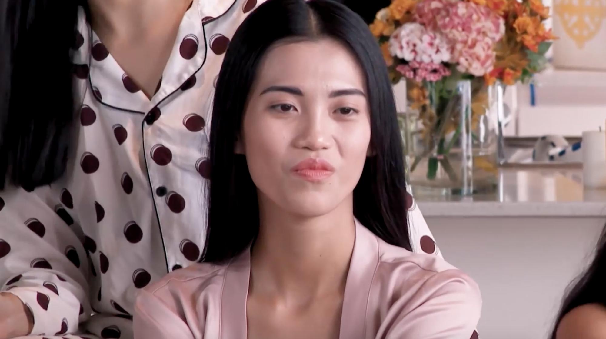Cô gái này ngày càng giống Lan Khuê, giống nhất ở cái bĩu môi và biểu cảm như... mắc răng - Ảnh 4.