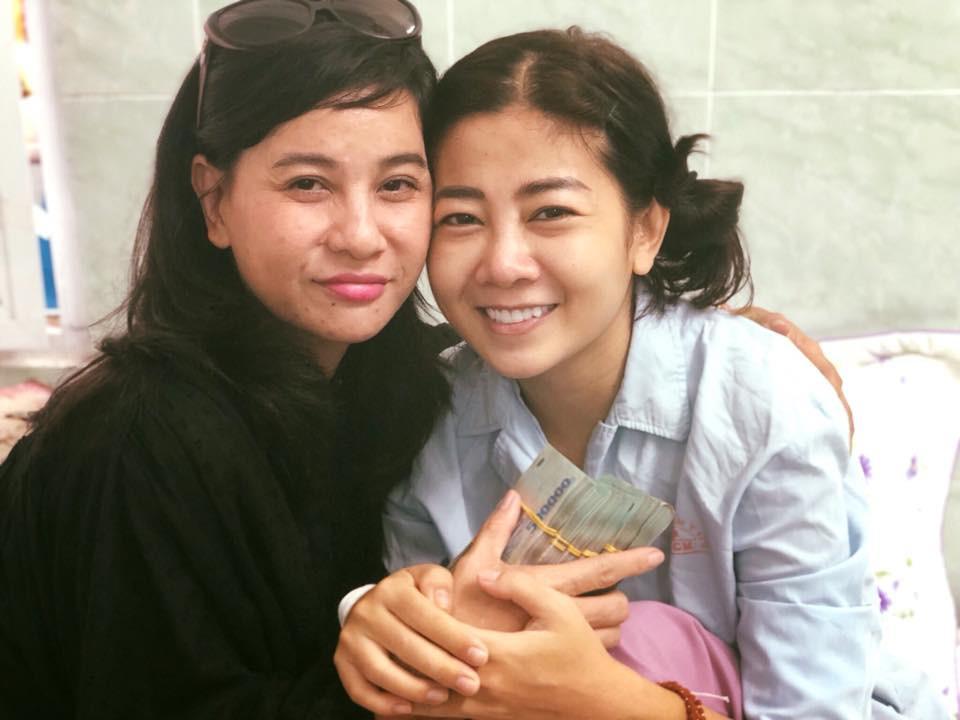 Cát Phượng vào bệnh viện trao cho Mai Phương 300 triệu, thăm hỏi sức khoẻ diễn viên Lê Bình - Ảnh 1.