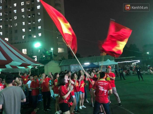 U23 Việt Nam lần đầu vào Tứ kết ASIAD: Hè đến thì Phượng phải nở thôi! 3