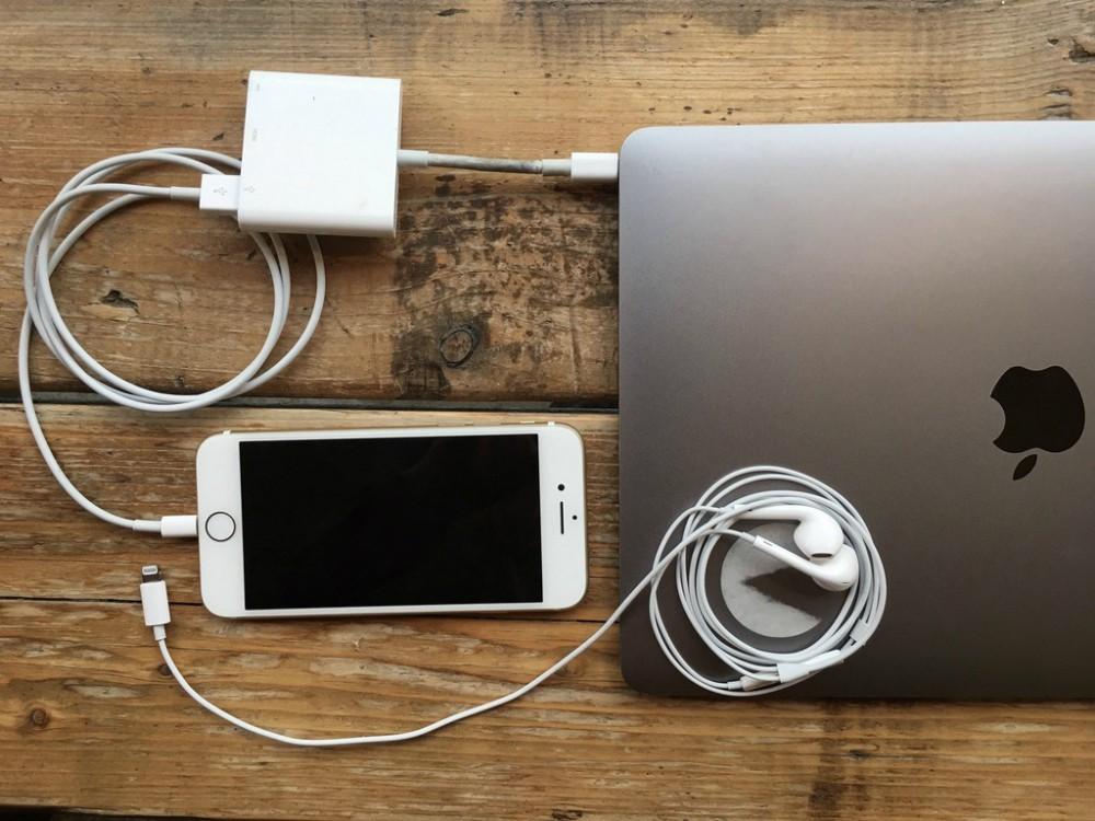 7 nỗi khổ không nói nên lời của fan Apple, đã lỡ yêu iPhone thì đành cắn răng chấp nhận - Ảnh 3.