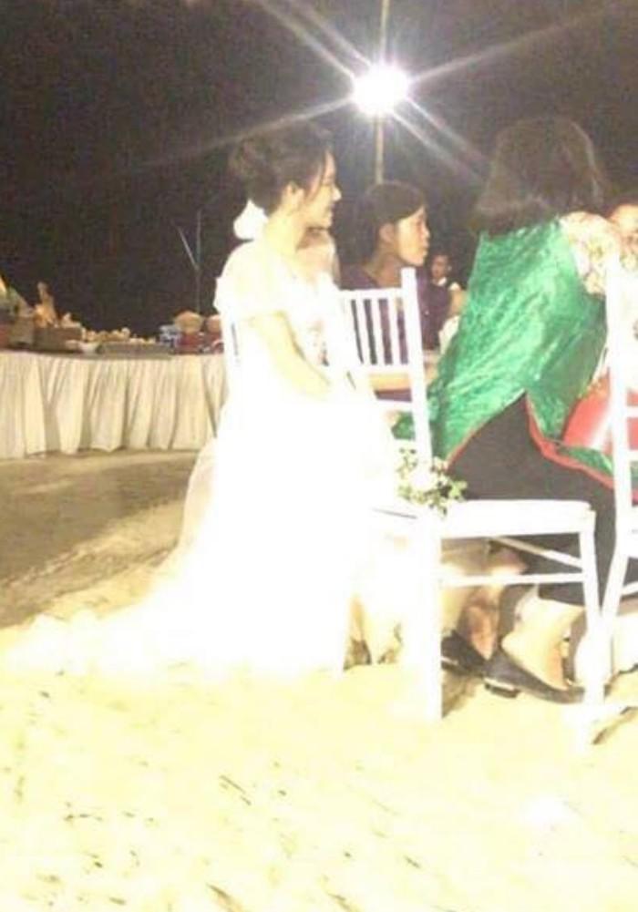 Ảnh cận mặt hiếm hoi trong lễ đính hôn: Nhã Phương tươi cười hạnh phúc bên vị hôn phu Trường Giang - Ảnh 2.