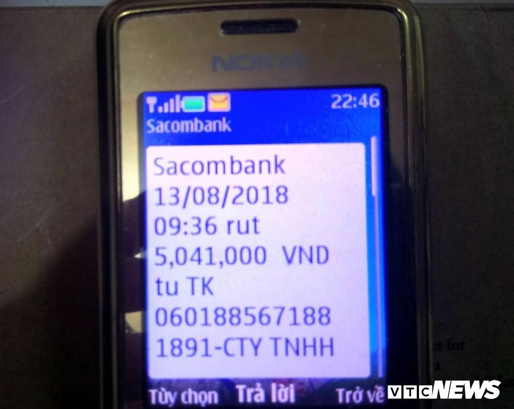 Chủ tài khoản Sacombank mất sạch tiền dù thẻ ATM vẫn còn bên người - Ảnh 1.