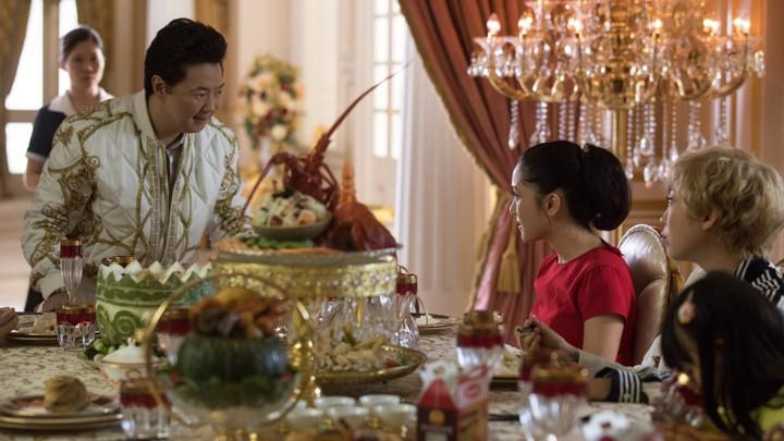 Phim chưa ra, người Trung Quốc đã phàn nàn phim về Rich Kid châu Á thiếu bản sắc - Ảnh 3.
