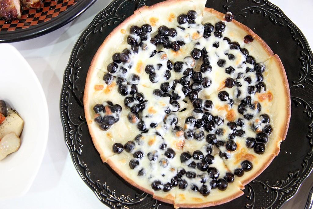 Đây là chiếc bánh pizza đang hot nhất Đài Loan mà chắc chắn các tín đồ trà sữa phải điên đảo - Ảnh 4.