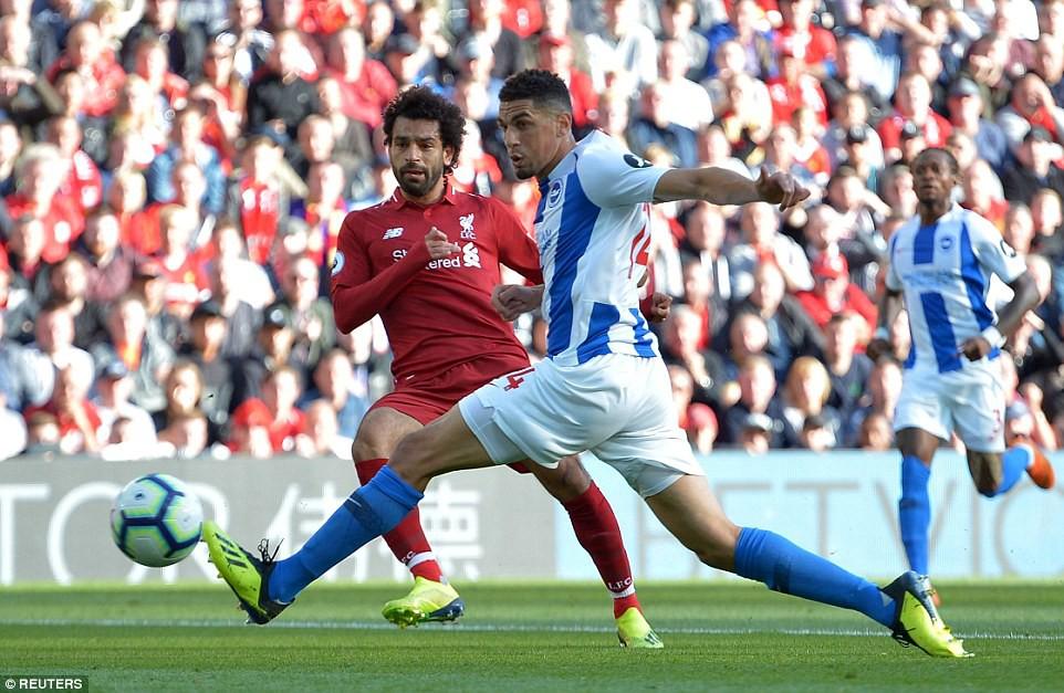 Salah ghi bàn nhanh như điện đưa Liverpool lên ngôi đầu bảng xếp hạng Premier League 2018/19 - Ảnh 6.