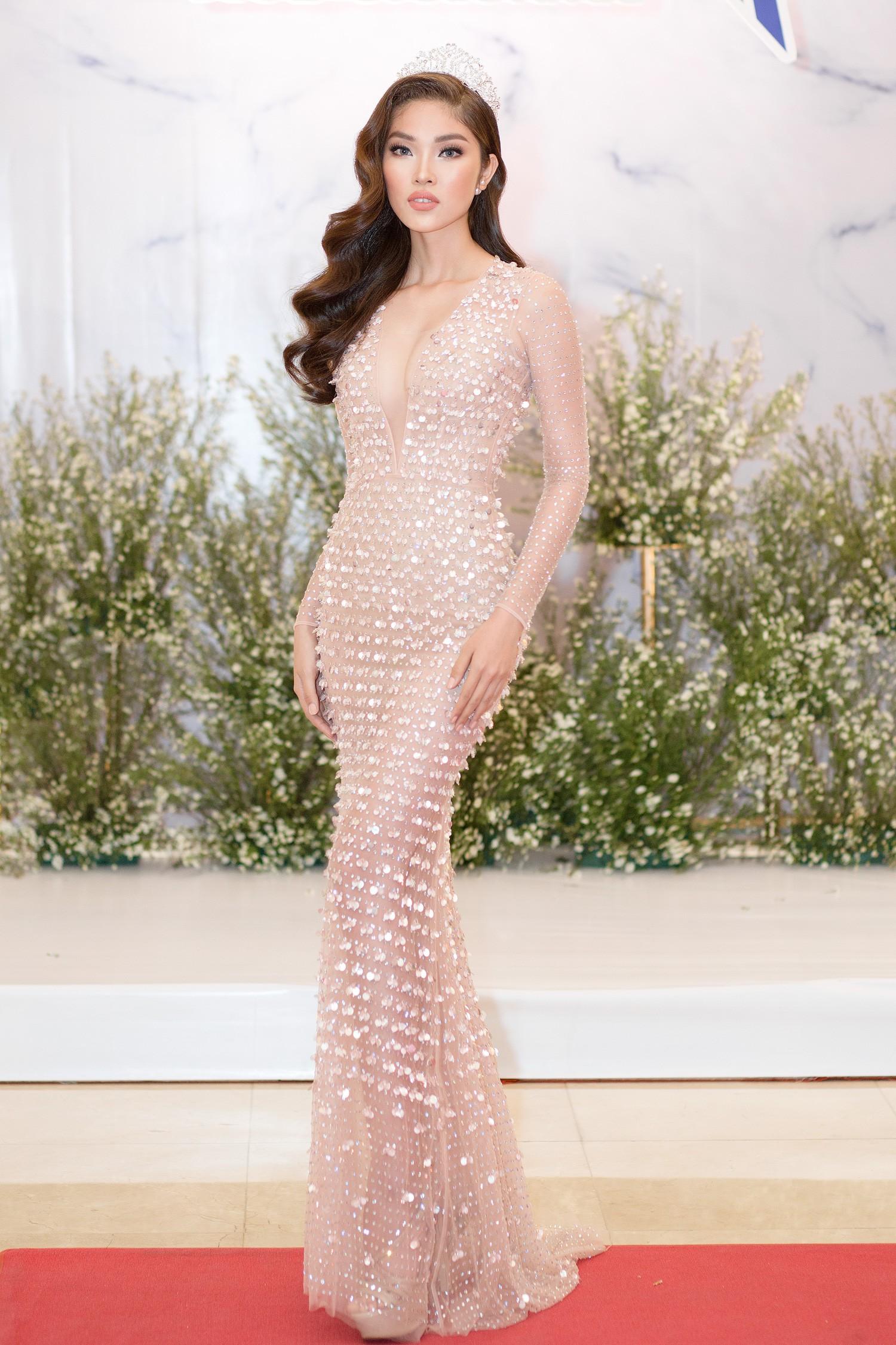 Top 3 Miss Supranational Vietnam cùng đội vương miện, lần đầu xuất hiện nổi bật giữa sự kiện - Ảnh 11.