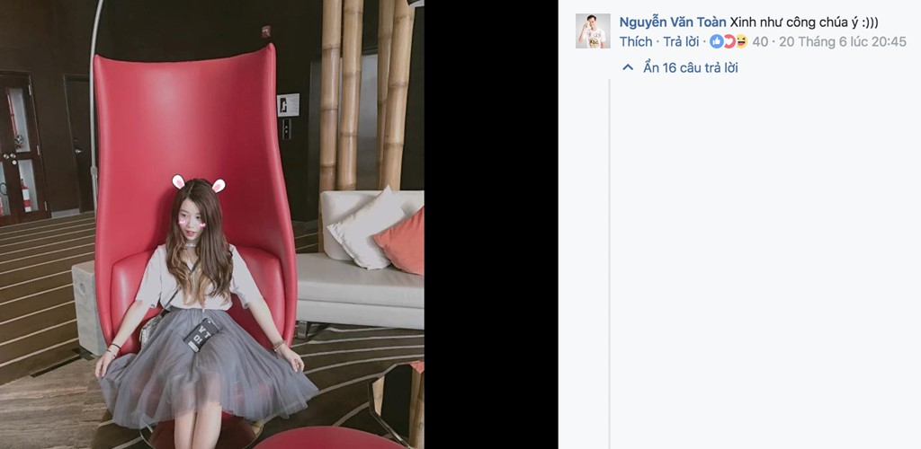 Bạn gái xinh xắn của Văn Toàn hoá ra từng là fangirl kiên trì bay hàng nghìn km để cổ vũ anh chàng đá bóng - Ảnh 3.