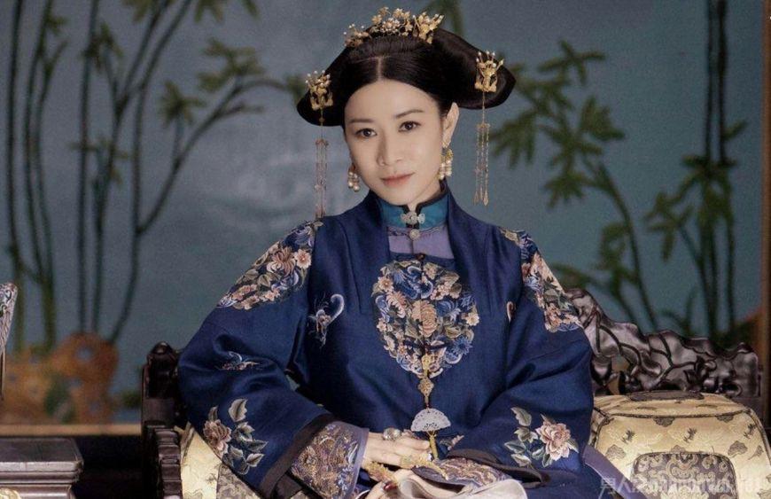 Kế hoàng hậu tự cắt tóc mình: đó là nhát dao cắt đứt 3 giá trị đẹp đẽ nhất của người phụ nữ Mãn Châu - Ảnh 7.