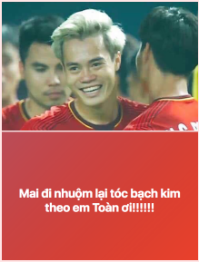 Việt Nam chiến thắng lịch sử, màu tóc bạch kim của Văn Toàn chắc chắn là màu tóc hot nhất 2018!