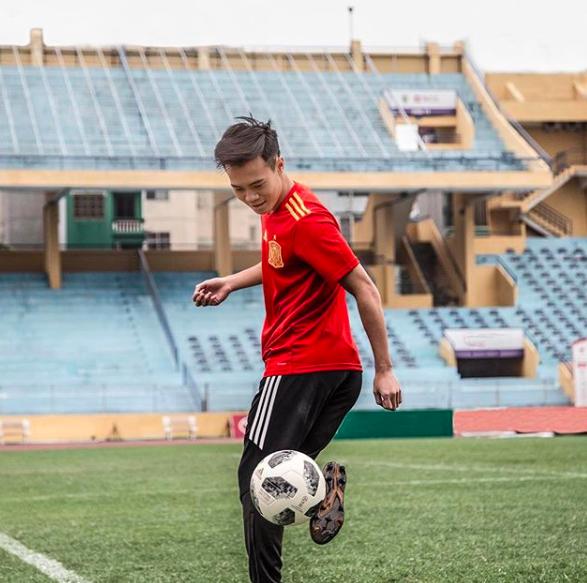 Nguyễn Văn Toàn - chàng cầu thủ vừa ghi bàn thắng lập nên kì tích cho đội tuyển Olympic Việt Nam tại ASIAD là ai? - Ảnh 12.