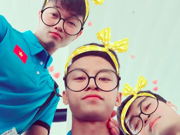 Xin giới thiệu: Văn Toàn - Thánh lầy với sở thích tự dìm và đi dìm các đồng đội của U23 Việt Nam - Ảnh 10.