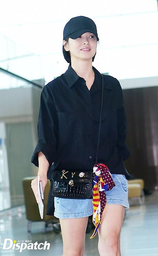 Lâu lắm mới lộ diện, Song Hye Kyo ăn mặc giản dị hết mức nhưng vẫn gây choáng ngợp với nhẫn kim cương 90 triệu - Ảnh 9.