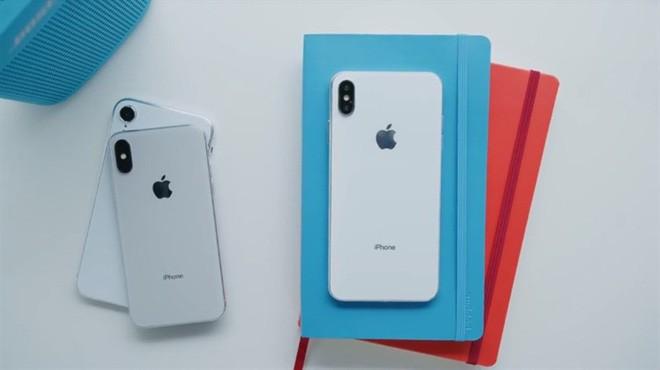 Bloomberg: iPhone 2018 giữ nguyên thiết kế iPhone X, có màu sắc mới, màn hình lớn hơn và camera đỉnh hơn - Ảnh 2.