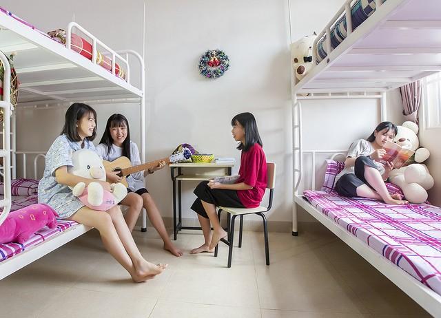 Choáng ngợp với sự sang chảnh của ngôi trường giữa phố núi Tây Nguyên, nơi được ví như Dubai Việt Nam - Ảnh 11.