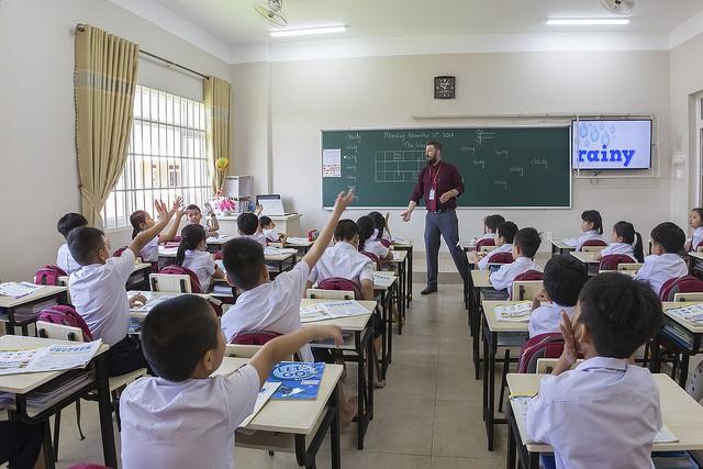 Choáng ngợp với sự sang chảnh của ngôi trường giữa phố núi Tây Nguyên, nơi được ví như Dubai Việt Nam - Ảnh 13.