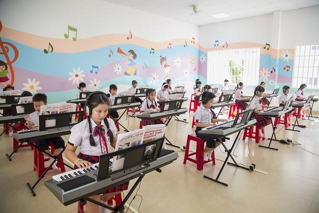 Choáng ngợp với sự sang chảnh của ngôi trường giữa phố núi Tây Nguyên, nơi được ví như Dubai Việt Nam - Ảnh 21.