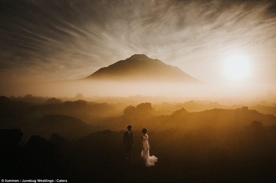 Những bức ảnh cưới ấn tượng nhất 2018, tác phẩm chụp tại Việt Nam cũng được vinh danh - Ảnh 11.