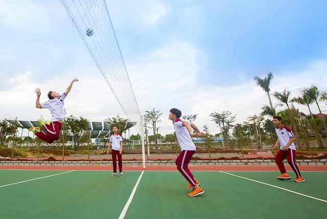 Choáng ngợp với sự sang chảnh của ngôi trường giữa phố núi Tây Nguyên, nơi được ví như Dubai Việt Nam - Ảnh 19.