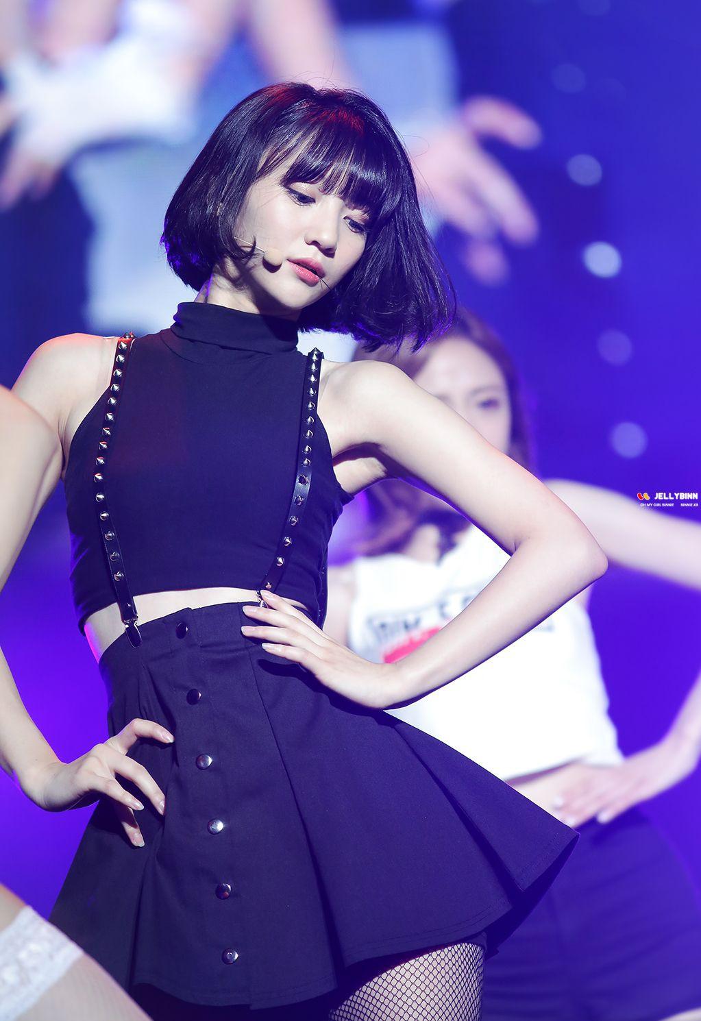 Dáng vóc tương đồng mà style lại y hệt, nữ Idol này ắt kế thừa danh hiệu Nữ hoàng X-line của Yoona - Ảnh 2.