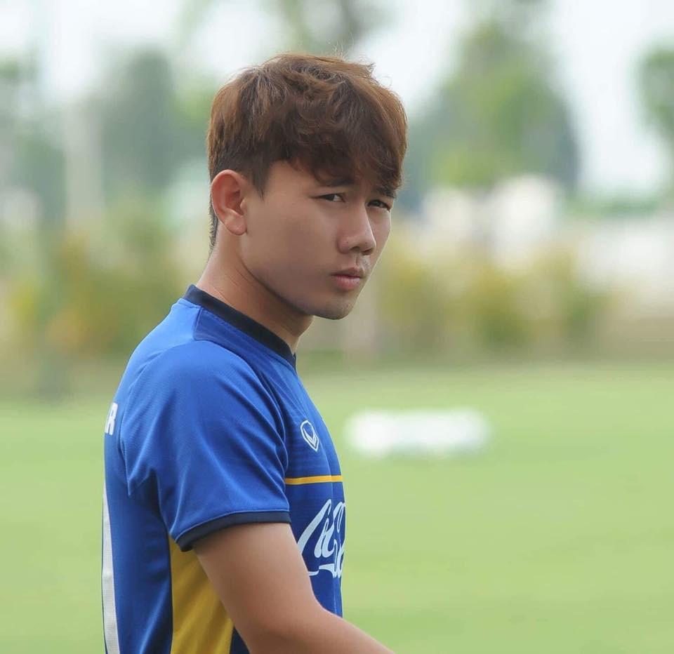 Minh Vương - cầu thủ ghi bàn trận Việt Nam Hàn Quốc là ai? - Ảnh 5.