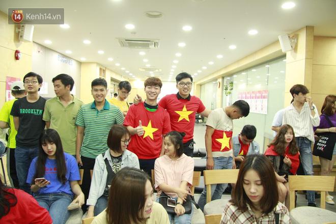 Người hâm mộ Việt Nam tại Hàn: Chúng ta thua nhưng đầy vẻ vang vì Hàn Quốc là một đội rất mạnh - Ảnh 4.