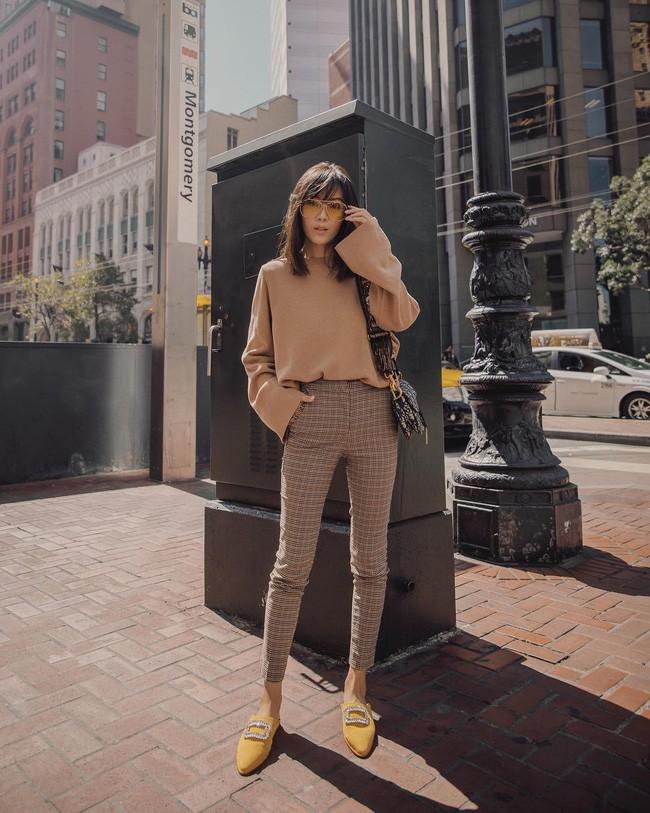 Trời chớm thu, loạt hot trend của mùa mới đều góp mặt trong street style tuần này của các quý cô châu Á - Ảnh 8.