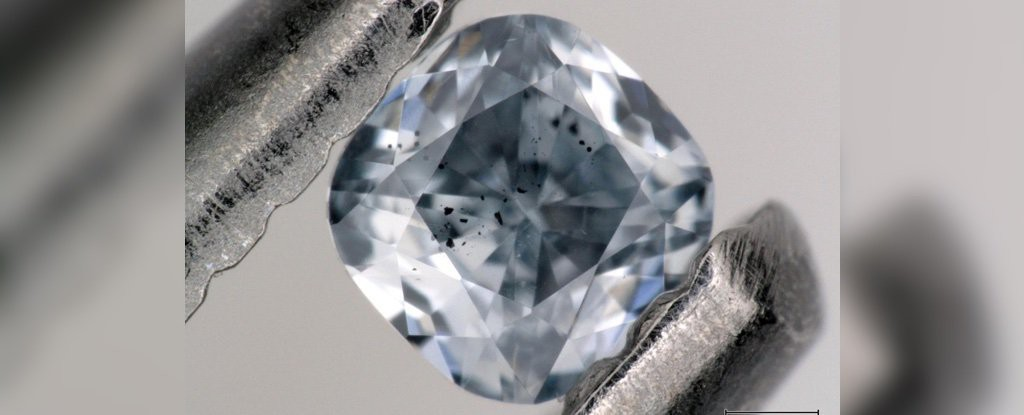 Xác nhận nguồn gốc bí ẩn của những viên kim cương xanh hiếm và giá trị bậc nhất lịch sử Trái đất: Địa ngục - Ảnh 2.