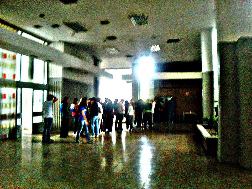 Những hình ảnh nhếch nhác đến rùng mình của ký túc xá sinh viên tại Macedonia - 1 quốc gia ở Châu Âu - Ảnh 12.
