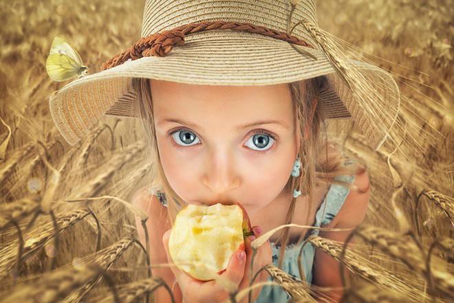 """Ông bố """"bựa nhất năm"""", chụp hình những đứa con và đưa chúng vào thế giới viễn tưởng bằng Photoshop - Ảnh 12."""