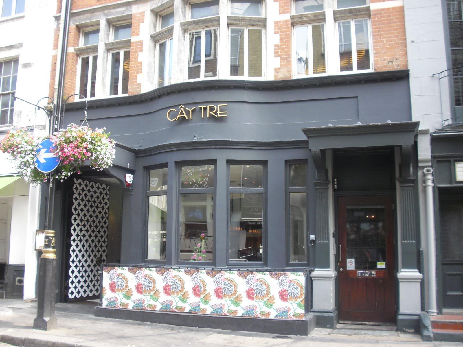 Những nhà hàng Việt tỏa sáng tại thành phố London - Ảnh 1.