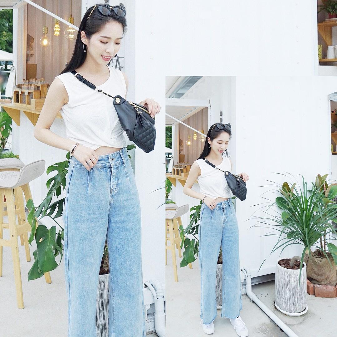 19 chiêu mix&match chất lừ với quần jeans ống rộng, cứ mặc lên là cao thêm cả chục phân chứ chẳng ít - Ảnh 8.