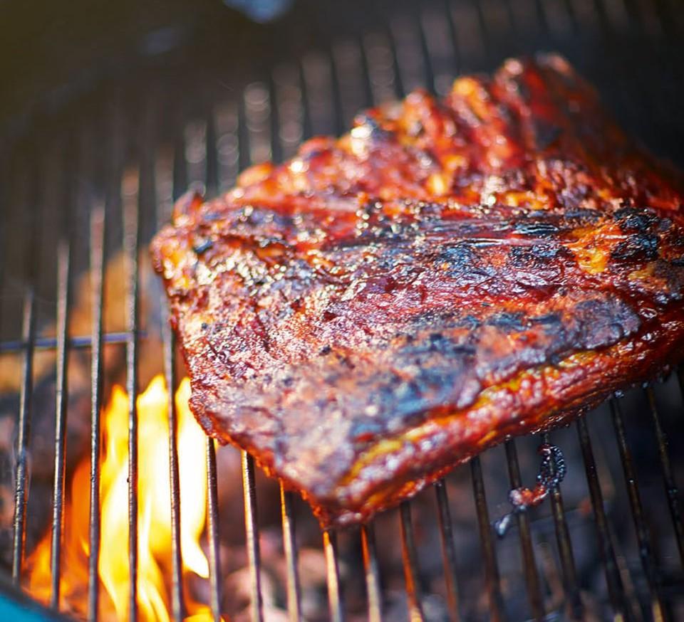 Những thói quen ăn thịt gây nguy hại sức khoẻ cần thay đổi ngay từ hôm nay - Ảnh 2.