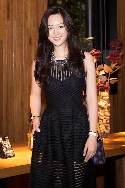 Điểm mặt 9 thiên kim tiểu thư nhà sao Việt: Xinh đẹp ngời ngời, không Hoa hậu thì cũng là mỹ nhân trong tương lai - Ảnh 4.