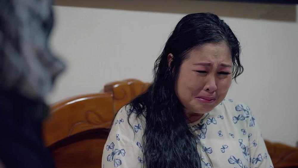 Bà Mai vỡ òa vì đã phải chịu khổ quá nhiều