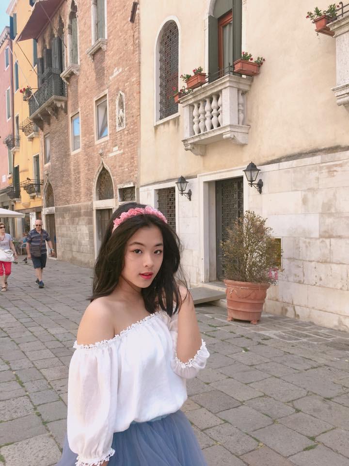 Điểm mặt 9 thiên kim tiểu thư nhà sao Việt: Xinh đẹp ngời ngời, không Hoa hậu thì cũng là mỹ nhân trong tương lai - Ảnh 28.