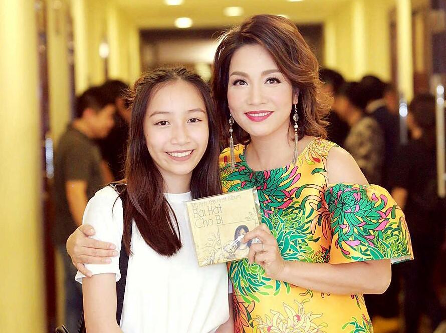 Điểm mặt 9 thiên kim tiểu thư nhà sao Việt: Xinh đẹp ngời ngời, không Hoa hậu thì cũng là mỹ nhân trong tương lai - Ảnh 35.