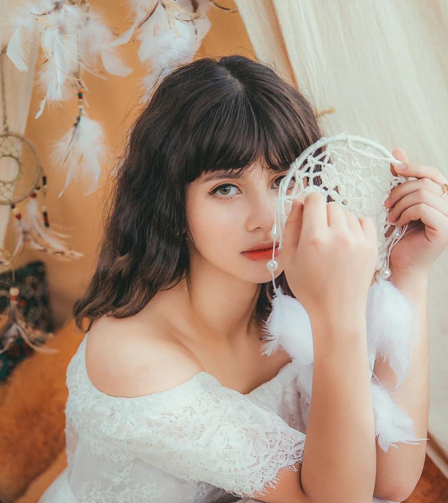 Nữ sinh lai Việt - Thổ Nhĩ Kỳ sinh năm 2001 xinh xắn, sở hữu loạt ảnh góc nghiêng thần thánh - Ảnh 5.
