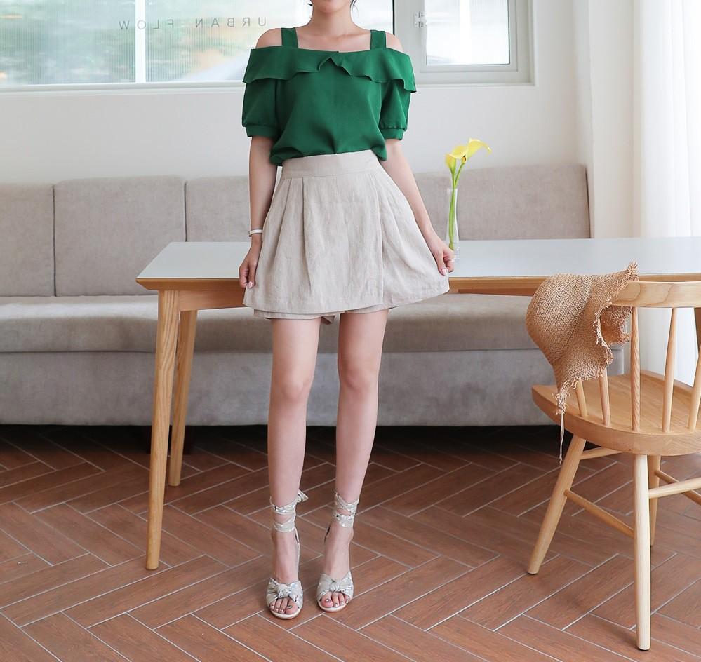 4 kiểu chân váy ngắn diện lên trẻ trung hết sức, lại còn giúp khoe triệt để đôi chân thon gọn nuột nà - Ảnh 12.