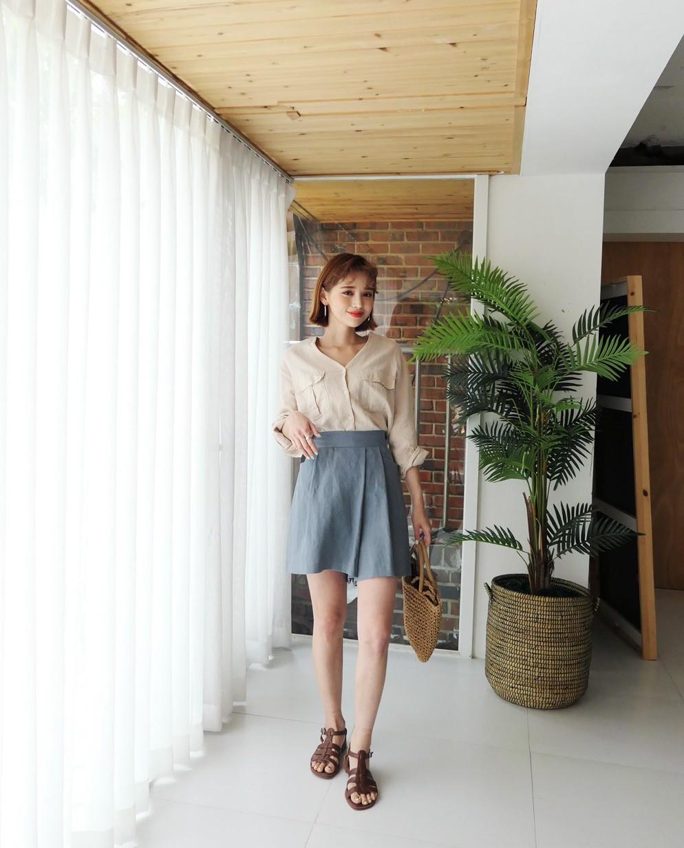 4 kiểu chân váy ngắn diện lên trẻ trung hết sức, lại còn giúp khoe triệt để đôi chân thon gọn nuột nà - Ảnh 13.
