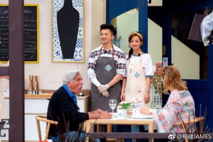 Tuổi thơ ùa về khi thấy bộ ba Hoàn Châu Cách Cách năm nào tái ngộ trong show ẩm thực - Ảnh 10.