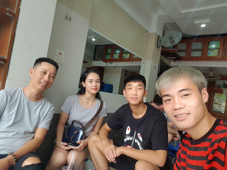 Người đẹp gây sốc với phát ngôn thi hoa hậu để kiếm nhiều tiền như Phạm Hương là bạn gái mới của Trọng Đại? - Ảnh 1.