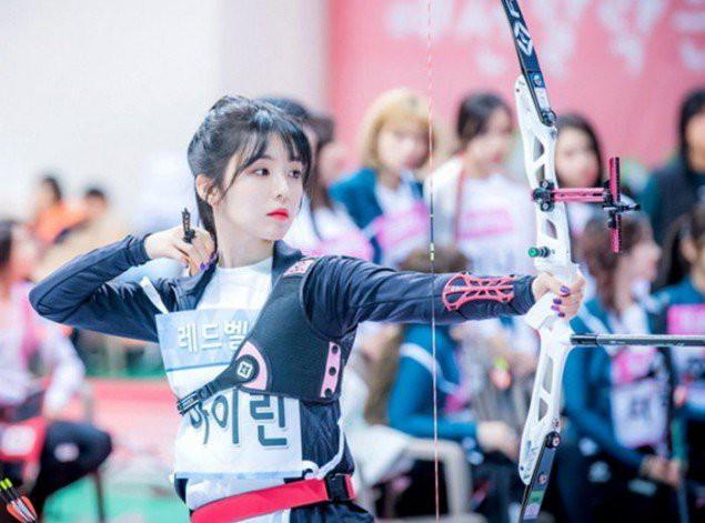 Irene (Red Velvet) & Tzuyu (TWICE) cùng thi bắn cung: Ai tỏa sáng hơn? - Ảnh 4.