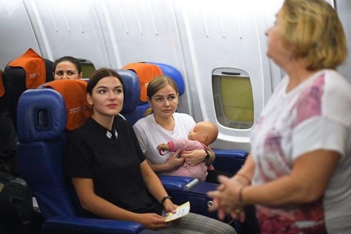 Cận cảnh lò đào tạo các nữ tiếp viên hàng không Nga xinh đẹp - Ảnh 5.