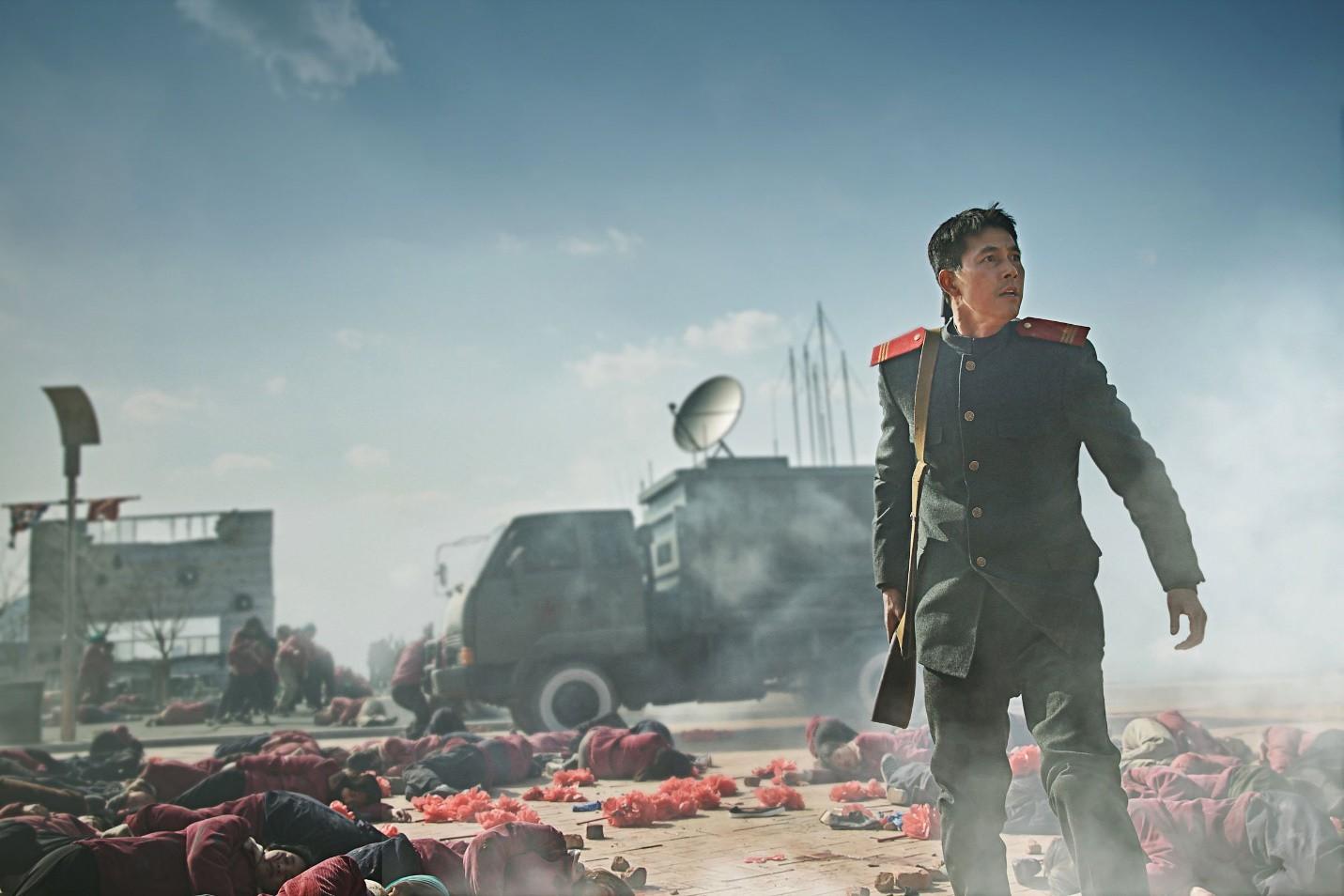10 pha hành động từ phim Hàn Quốc nhưng chẳng hề kém cạnh bom tấn Hollywood (Phần 2) - Ảnh 9.