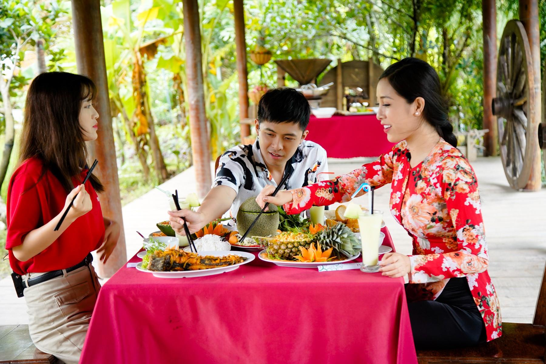 Gin Tuấn Kiệt bất ngờ trước độ am hiểu của Han Sara về ẩm thực Việt Nam - Ảnh 10.