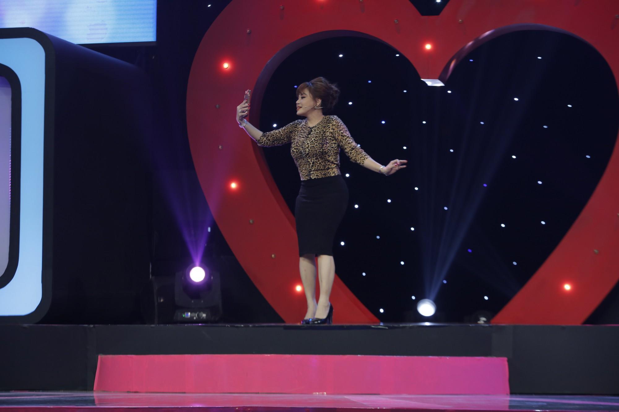 Lê Giang tham gia show hẹn hò không chỉ làm quân sư, mà còn lăm le... tìm người yêu - Ảnh 2.