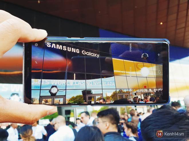 Toàn cảnh sân khấu sự kiện ra mắt Galaxy Note 9: Rất hoành tráng, quá cuốn hút và hứa hẹn sẽ cực kỳ bùng nổ - Ảnh 3.