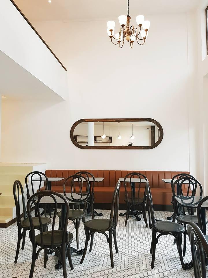 Chỉ trong 1 tuần, Sài Gòn đã có 3 quán cà phê mới và quán nào cũng siêu đẹp! - Ảnh 19.