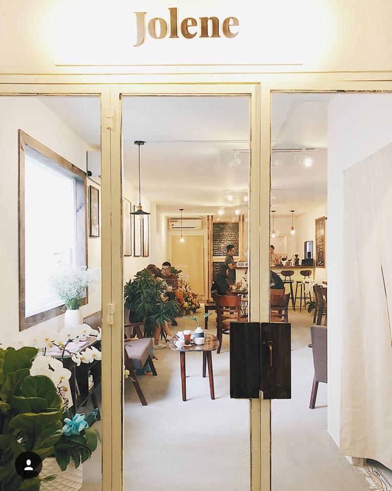 Chỉ trong 1 tuần, Sài Gòn đã có 3 quán cà phê mới và quán nào cũng siêu đẹp! - Ảnh 21.